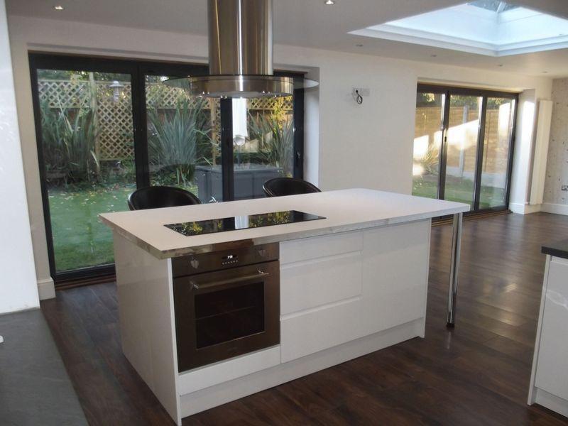 4 Bedrooms Detached House for sale in St Andrews Mount, Kirk Ella