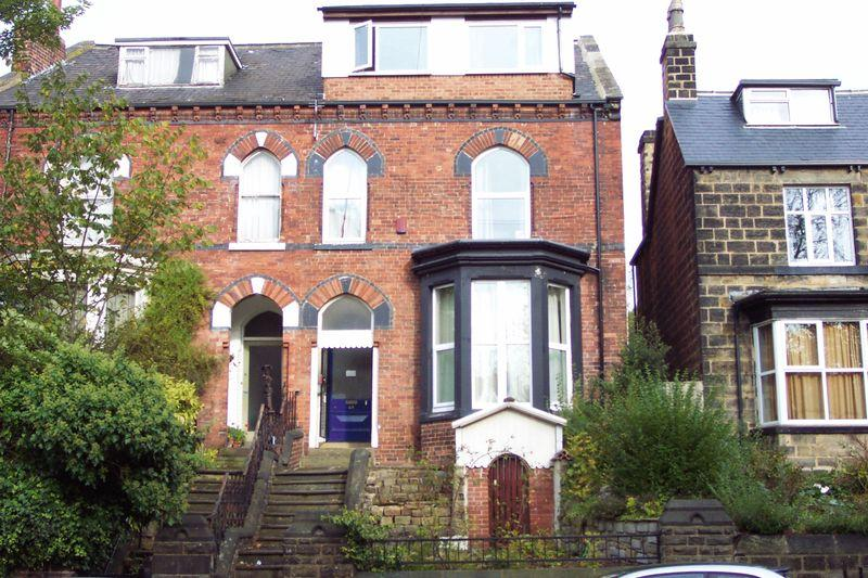 10 Bedrooms Terraced House for sale in Victoria Road, Leeds