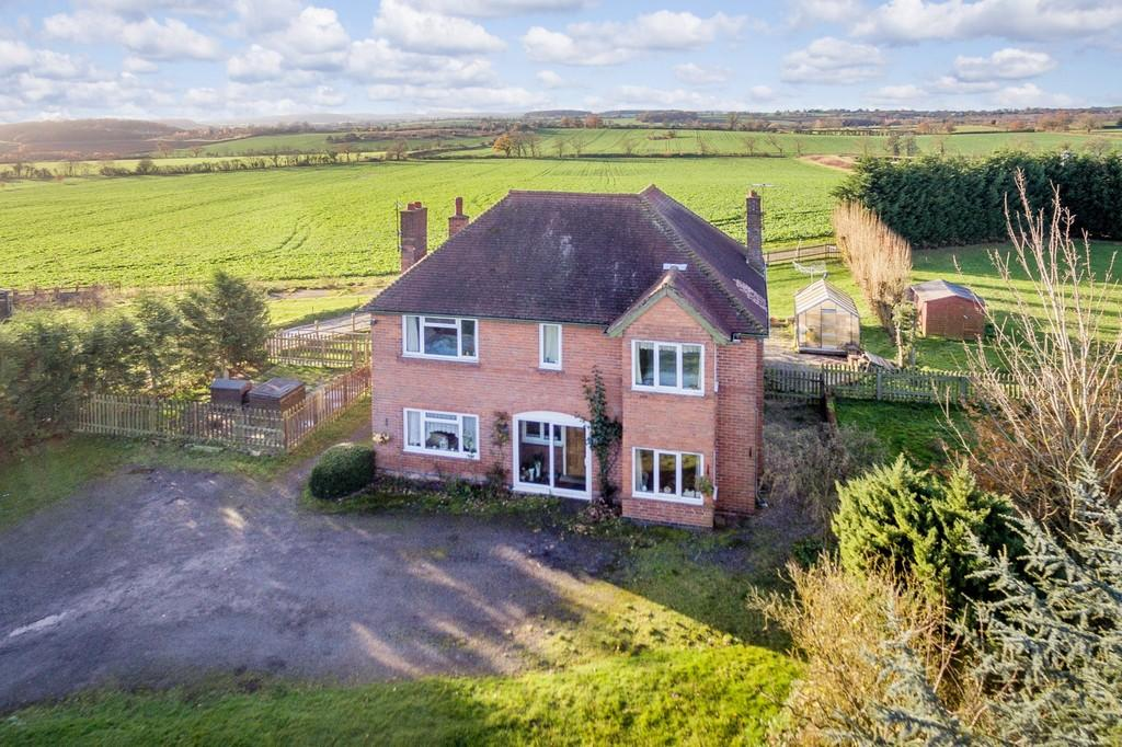 5 Bedrooms Detached House for sale in Wawensmere Road, Wootton Wawen, Henley-In-Arden