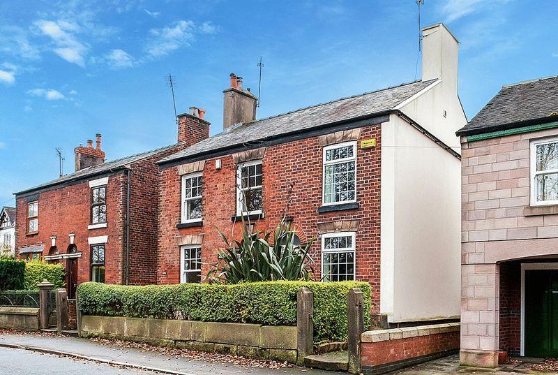 2 Bedrooms Semi Detached House for sale in Biddulph Road, Congleton