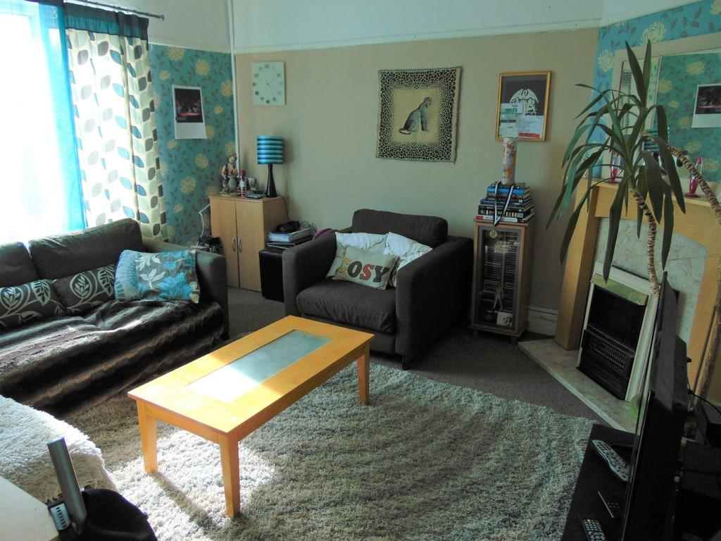 1 Bedroom Flat for sale in Hoylake Road, Birkenhead