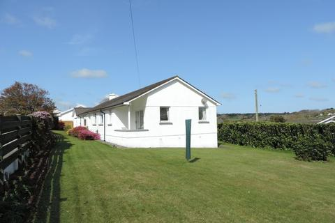 5 bedroom detached bungalow for sale - Perranwell Station, Truro