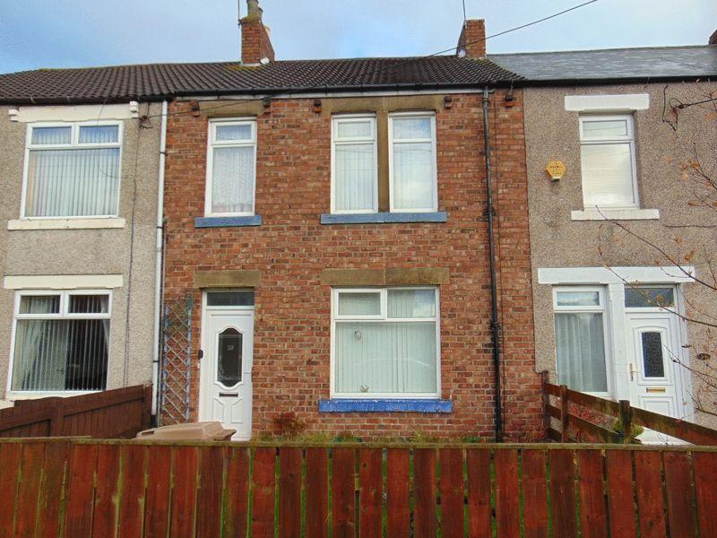 3 Bedrooms Terraced House for sale in Wansbeck Road, Dudley