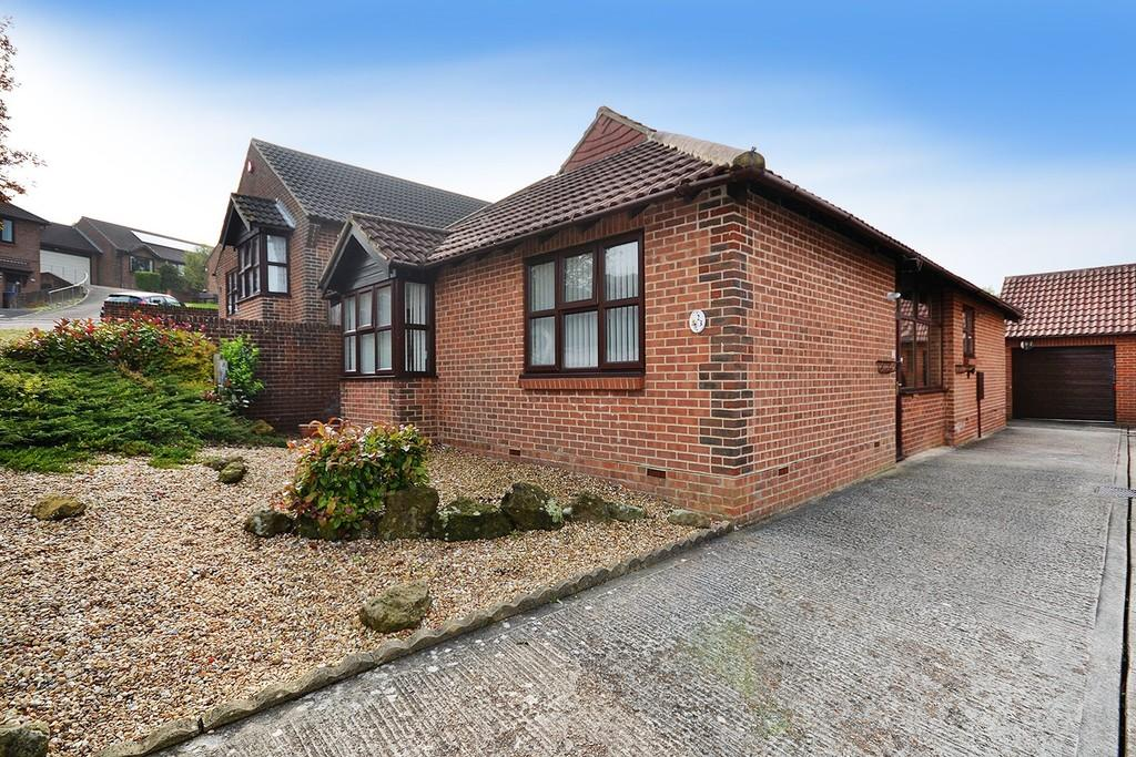 3 Bedrooms Detached Bungalow for sale in Sompting, Lancing