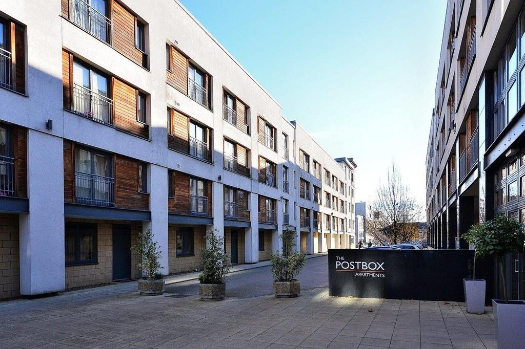 2 Bedrooms Apartment Flat for sale in Postbox, B1
