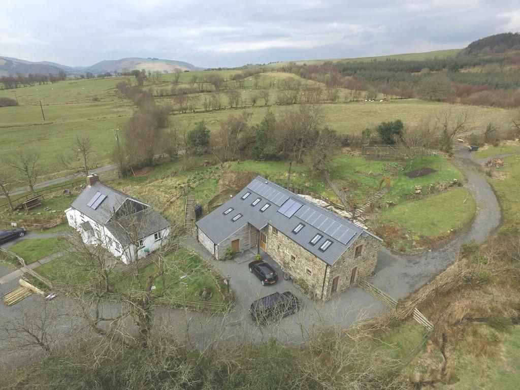 6 Bedrooms Detached House for sale in Blaenglanhanog and Ger Yr Hanog, Carno