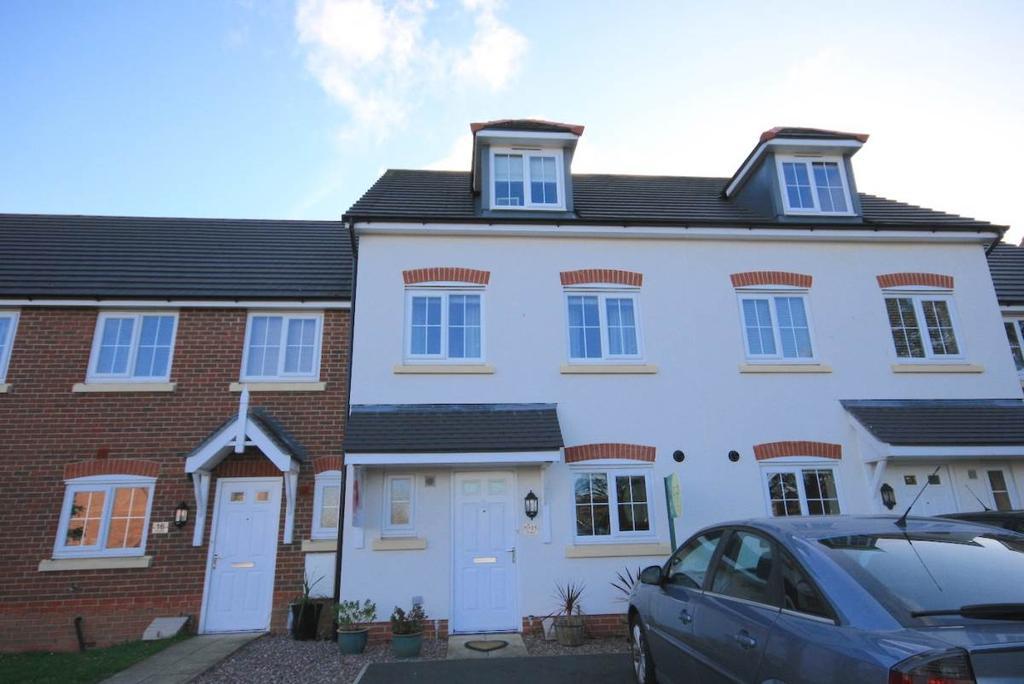 4 Bedrooms Town House for sale in 15 Clos Belyn, Llandudno Junction, LL31 9AH