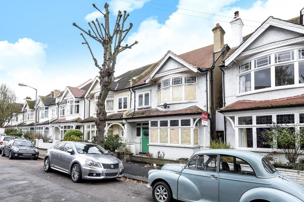 4 Bedrooms Semi Detached House for sale in Woodnook Road, Furzedown