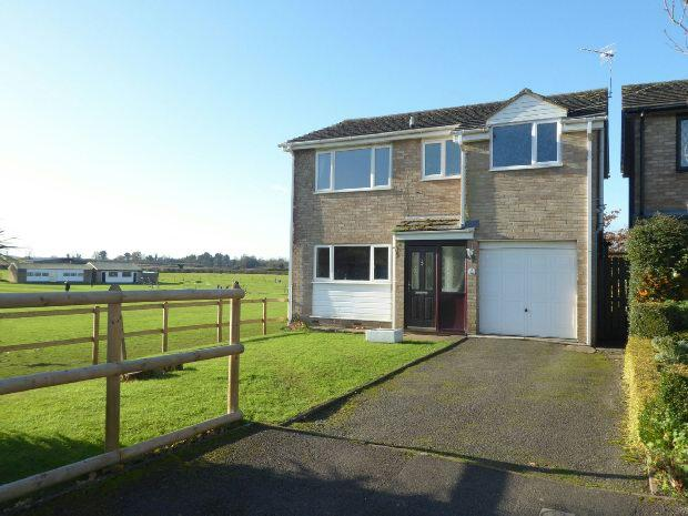 4 Bedrooms Detached House for sale in Orchard Grove, Bloxham