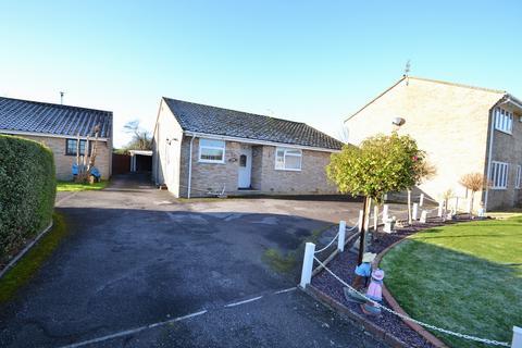2 bedroom bungalow for sale - Corfe Mullen (East End)