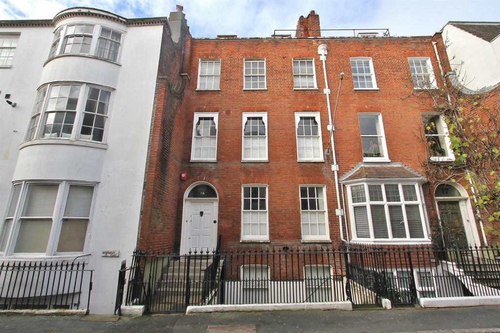 5 Bedrooms Terraced House for sale in Ship Street
