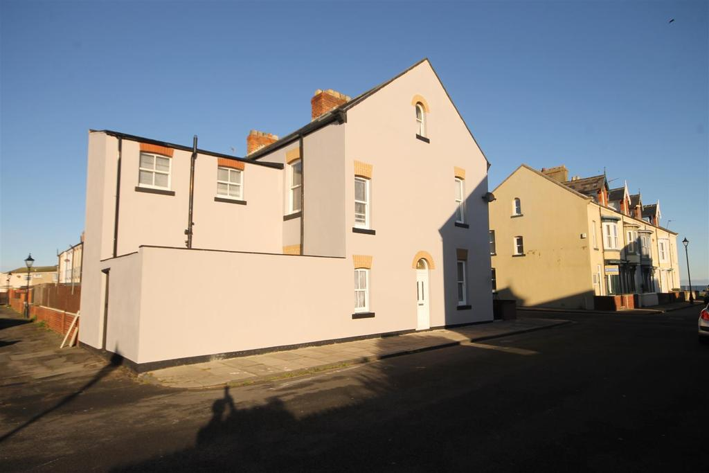 4 Bedrooms End Of Terrace House for sale in Nesham Road, Headland, Hartlepool