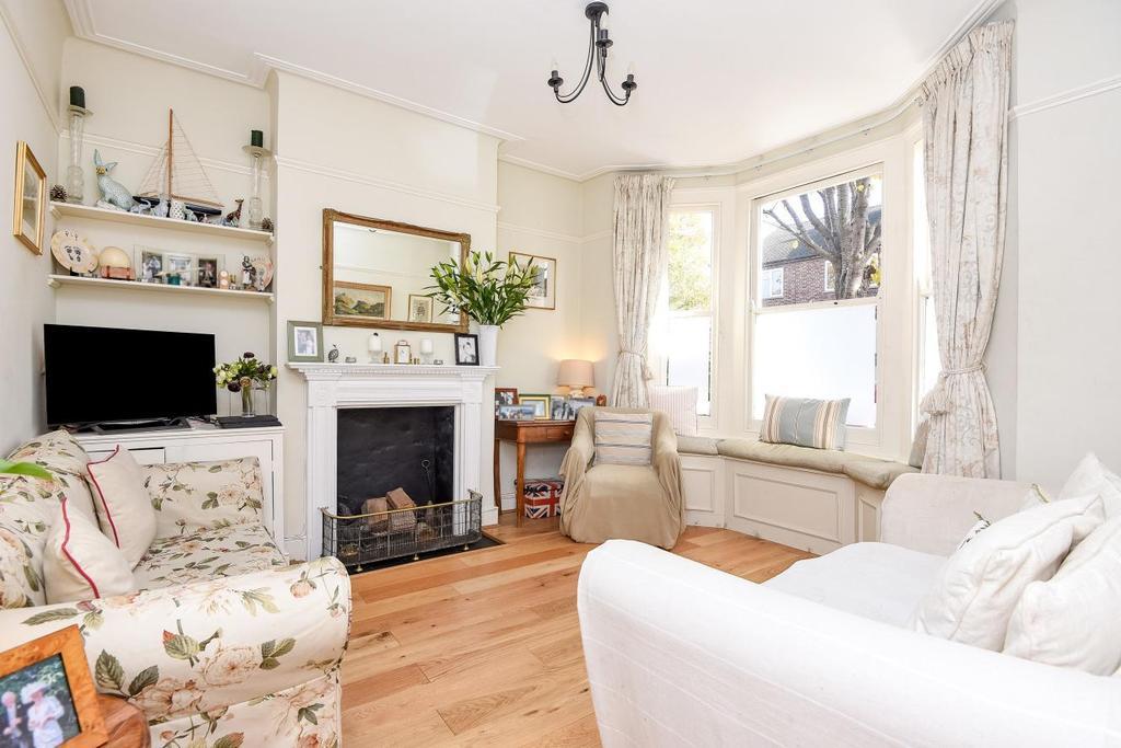 3 Bedrooms Terraced House for sale in Wilna Road, Earlsfield