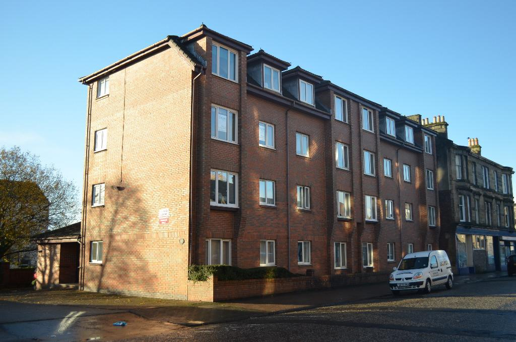 1 Bedroom Retirement Property for sale in Princes Court, West Princes Street, Helensburgh, Argyll Bute, G84 8BN