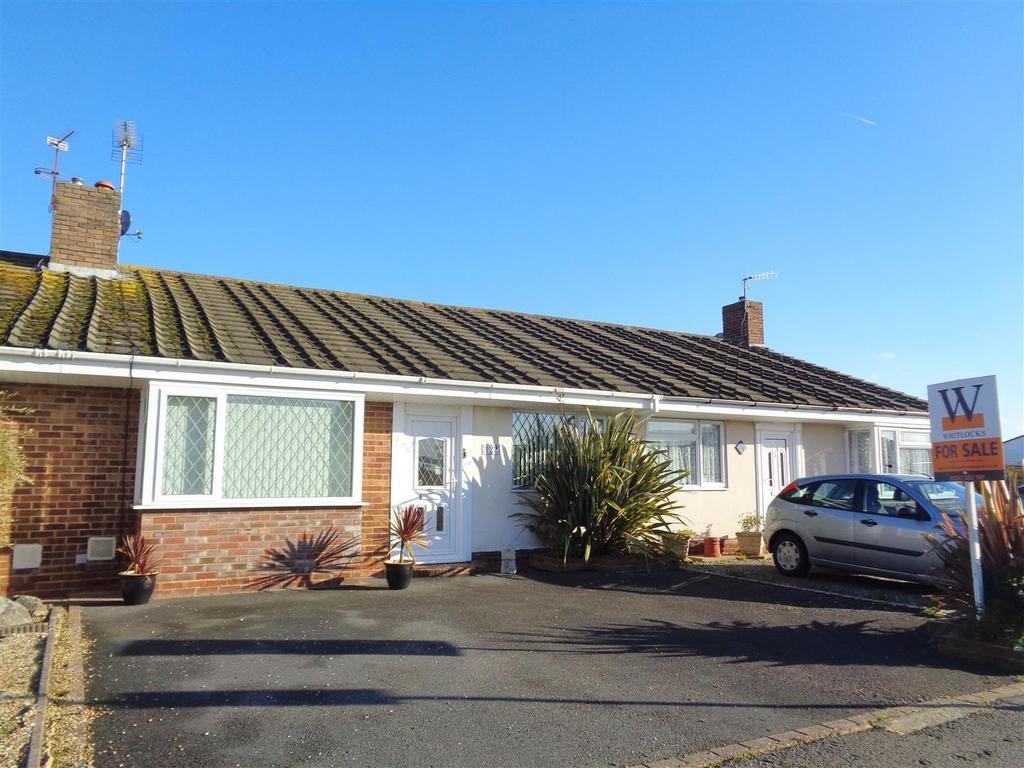 2 Bedrooms Terraced Bungalow for sale in Church Way, Pagham