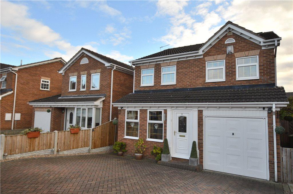 4 Bedrooms Detached House for sale in Clifton Avenue, Stanley, Wakefield, West Yorkshire