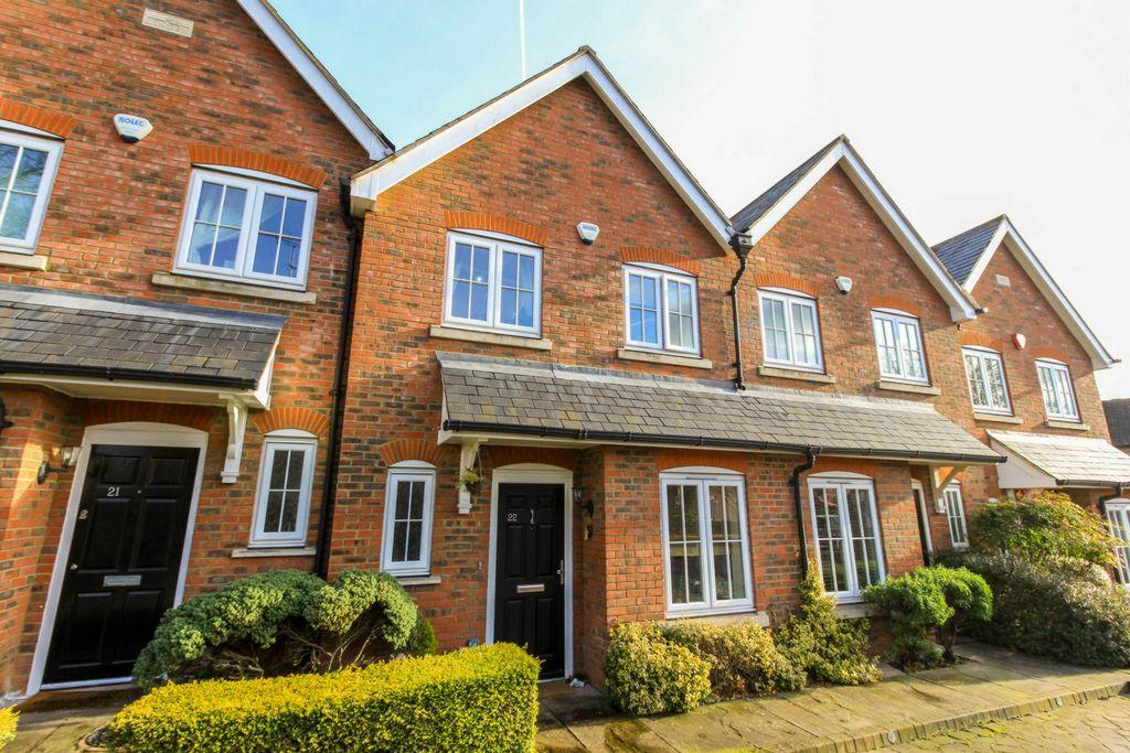3 Bedrooms House for sale in Red Lion Court, Hatfield, AL9