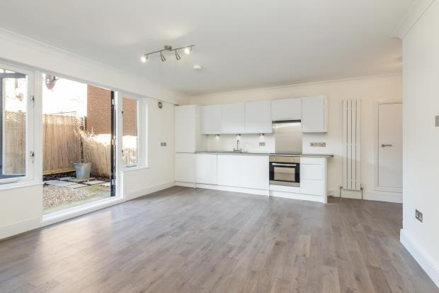 2 Bedrooms Flat for sale in Lisson Grove, Marylebone, London, NW1