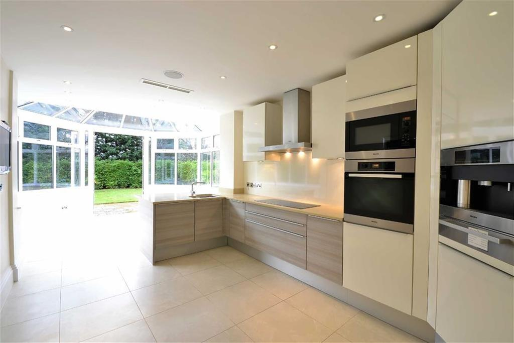 3 Bedrooms Flat for sale in Cockfosters Road, Hadley Wood, Hertfordshire