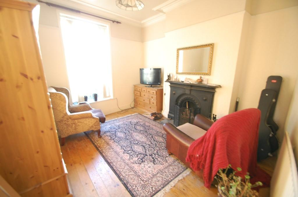 3 Bedrooms Terraced House for sale in Gawthorpe, Off Dukes Brow, Blackburn