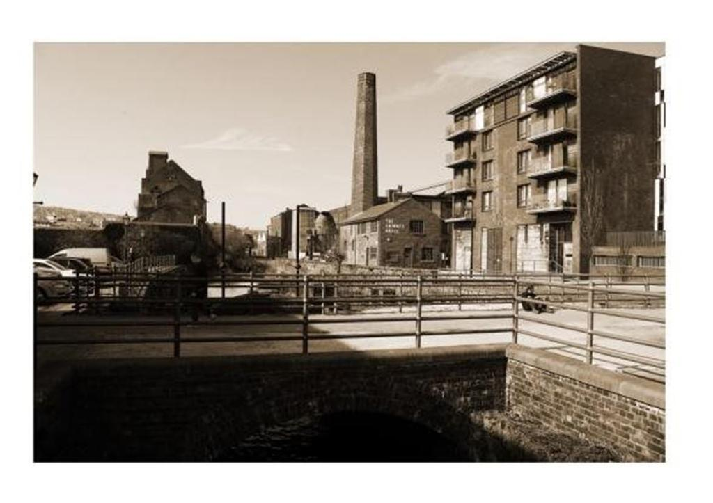 2 Bedrooms Apartment Flat for rent in 53 Millau Kelham Island Sheffield S3 8RD