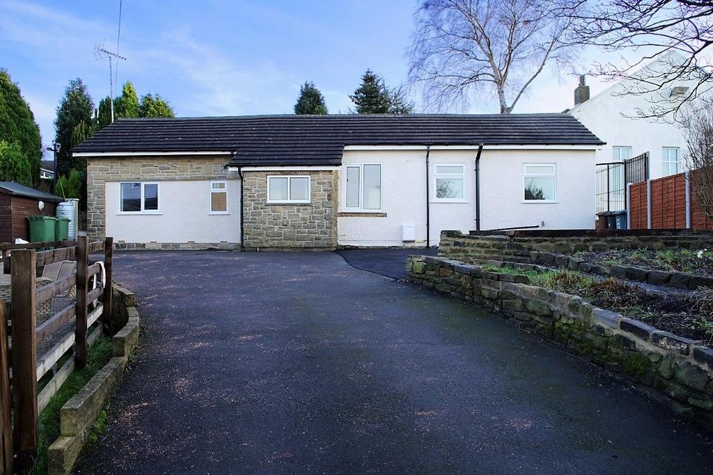 2 Bedrooms Bungalow for sale in Moorside Road, Drighlington
