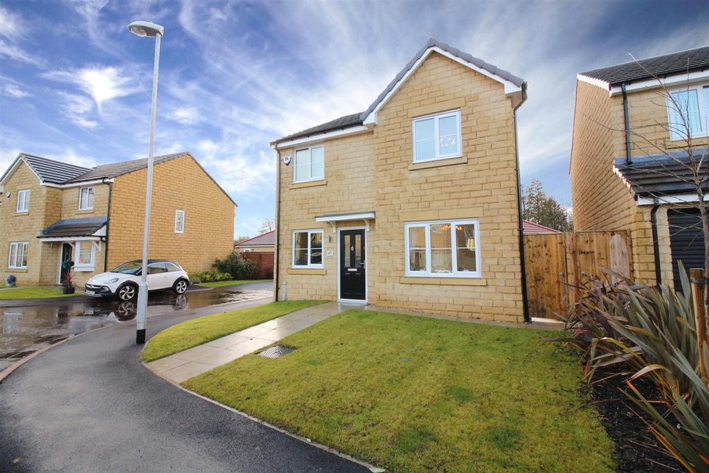 4 Bedrooms Detached House for sale in Aydon Square, Blyth