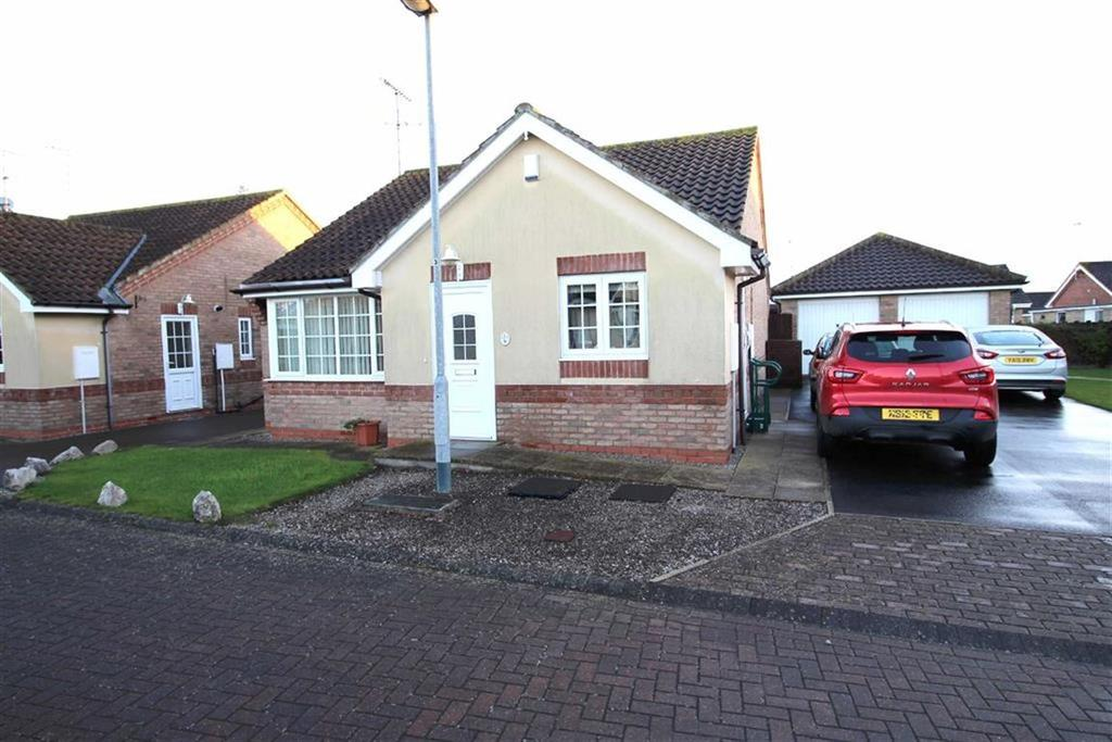 3 Bedrooms Detached Bungalow for sale in Newland Close, Driffield, East Yorkshire