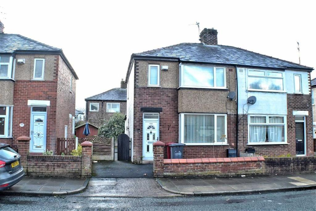 3 Bedrooms Semi Detached House for sale in Hertford Street, Blackburn