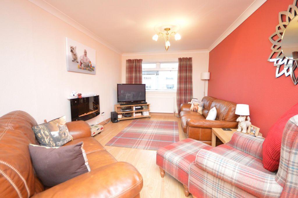 2 Bedrooms Villa House for sale in 3 Kingsway, Harestanes, Kirkintilloch, G66 2UG