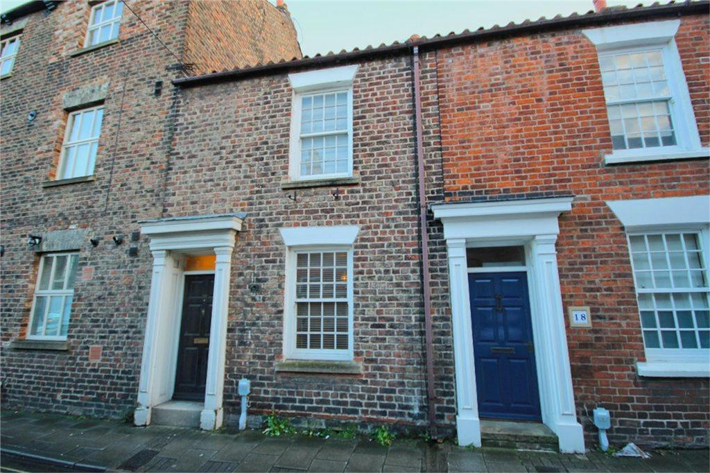 2 Bedrooms Terraced House for sale in Trinity Lane, Beverley, East Riding of Yorkshire