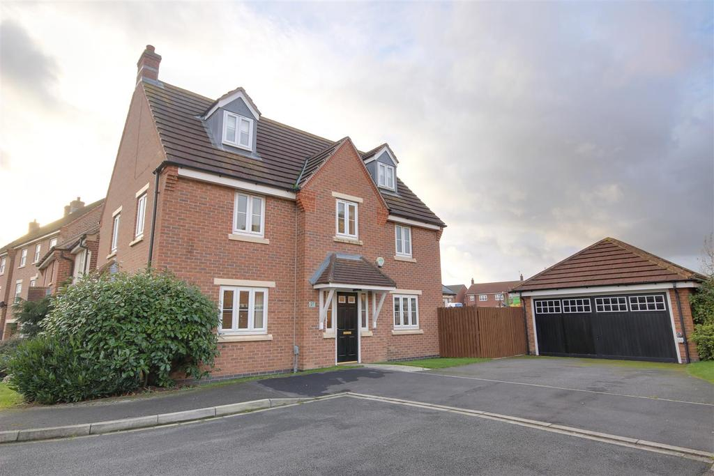 5 Bedrooms Detached House for sale in Harewood Crest, Brough