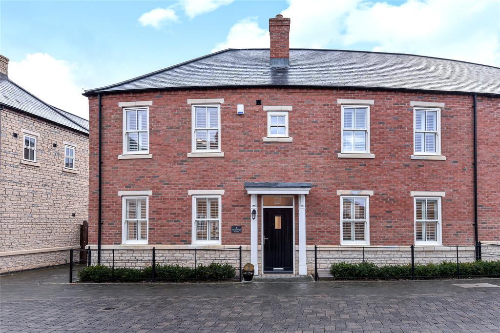 4 Bedrooms Semi Detached House for sale in Medland Drive, Bracebridge Heath, LN4