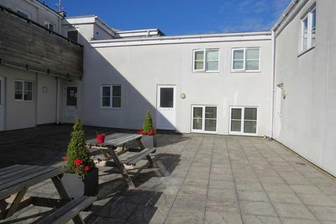 2 bedroom apartment for sale - Grantham Apartments, Two Mile Hill Road, Bristol