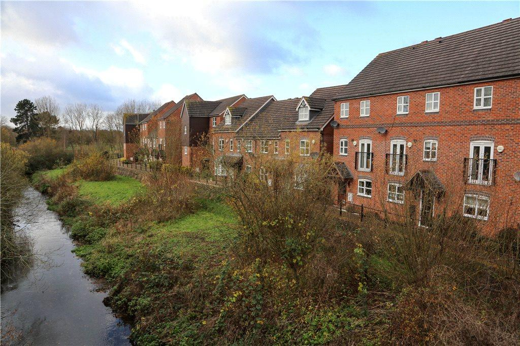 4 Bedrooms End Of Terrace House for sale in Honeymans Gardens, Droitwich, Worcestershire, WR9