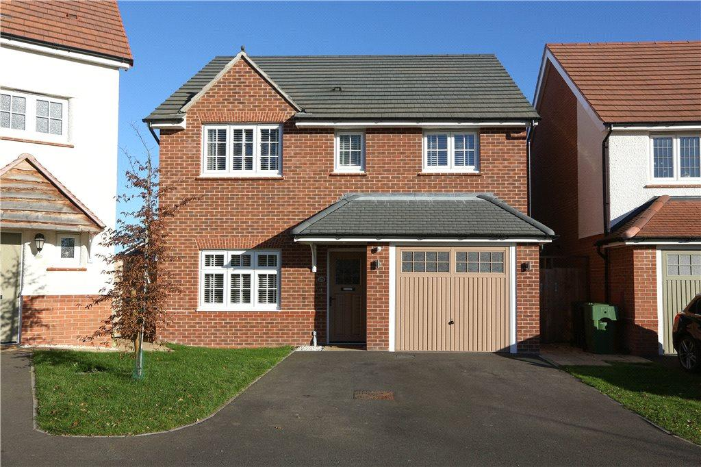 4 Bedrooms Detached House for sale in Rutherford Road, Aston Fields, Bromsgrove, B60