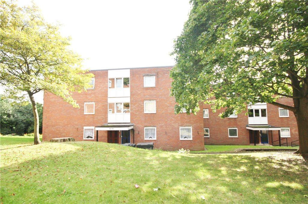 2 Bedrooms Apartment Flat for sale in Elmfield Gardens, Worcester, Worcestershire, WR5