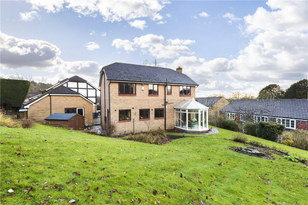 4 Bedrooms Detached House for sale in Stonegate, Bingley, West Yorkshire