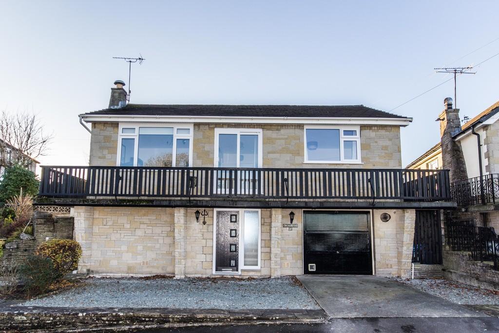 2 Bedrooms Detached Bungalow for sale in 8 Dixon Wood Close