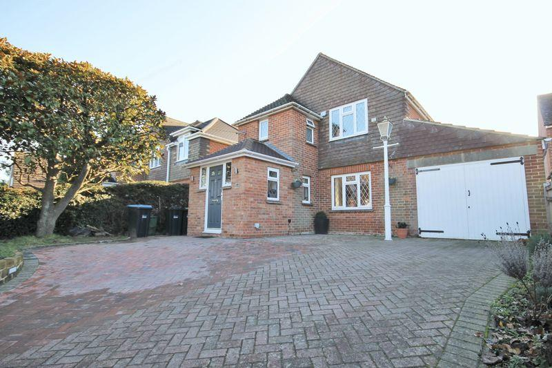 3 Bedrooms Detached House for sale in Leylands Road, Burgess Hill, West Sussex