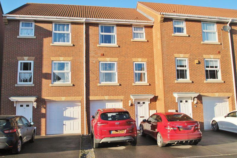 4 Bedrooms Terraced House for sale in Charlton Close, Billingham