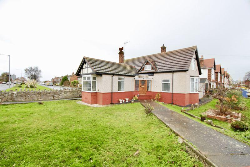 3 Bedrooms Detached Bungalow for sale in Victoria Road, Prestatyn