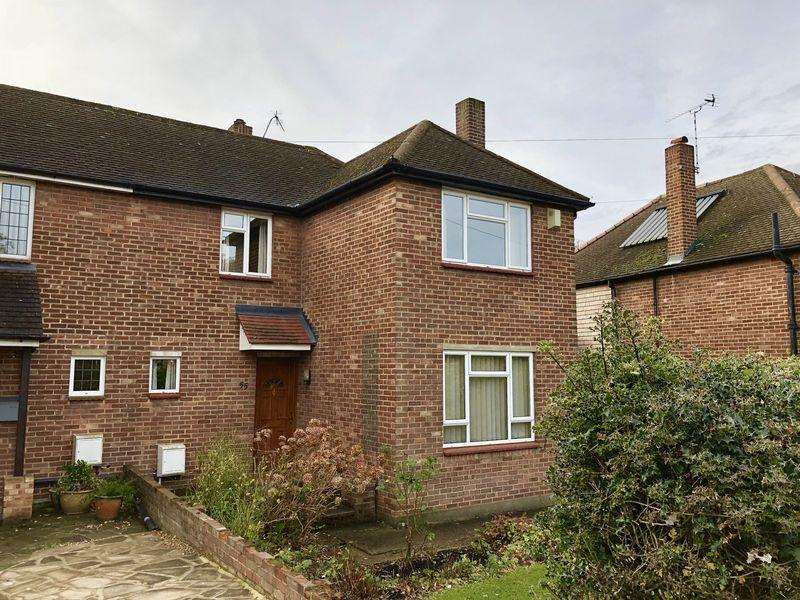 3 Bedrooms Semi Detached House for sale in Woodlands Park, Bexley