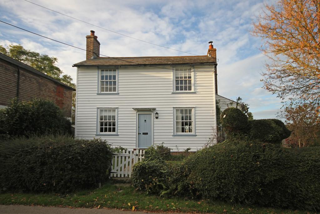 Playden Lane Iden Near Rye East Sussex Tn31 7ps 3 Bed