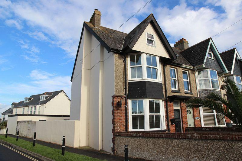 5 Bedrooms End Of Terrace House for sale in Mount Wise, Newquay