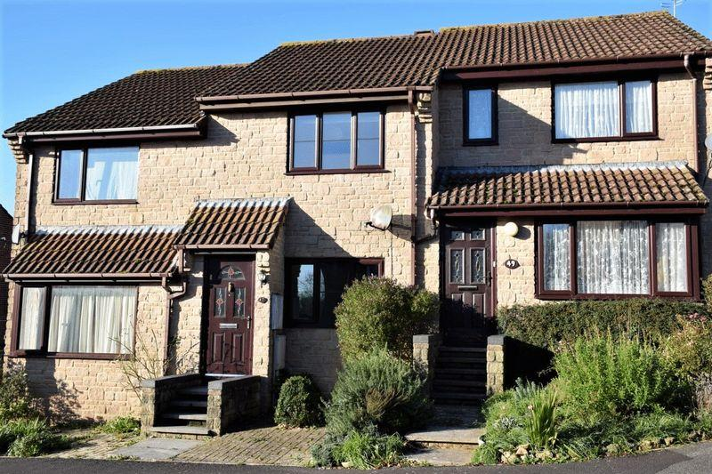 2 Bedrooms Terraced House for sale in THE BEECHES, BEAMINSTER