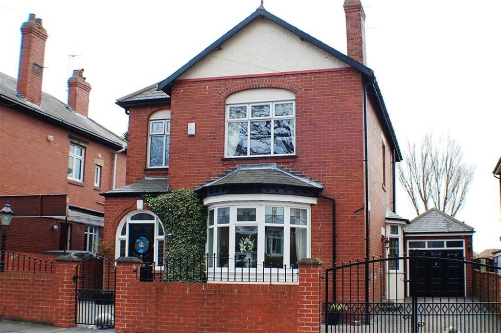 4 Bedrooms Detached House for sale in Moore Avenue, South Shields, South Shields