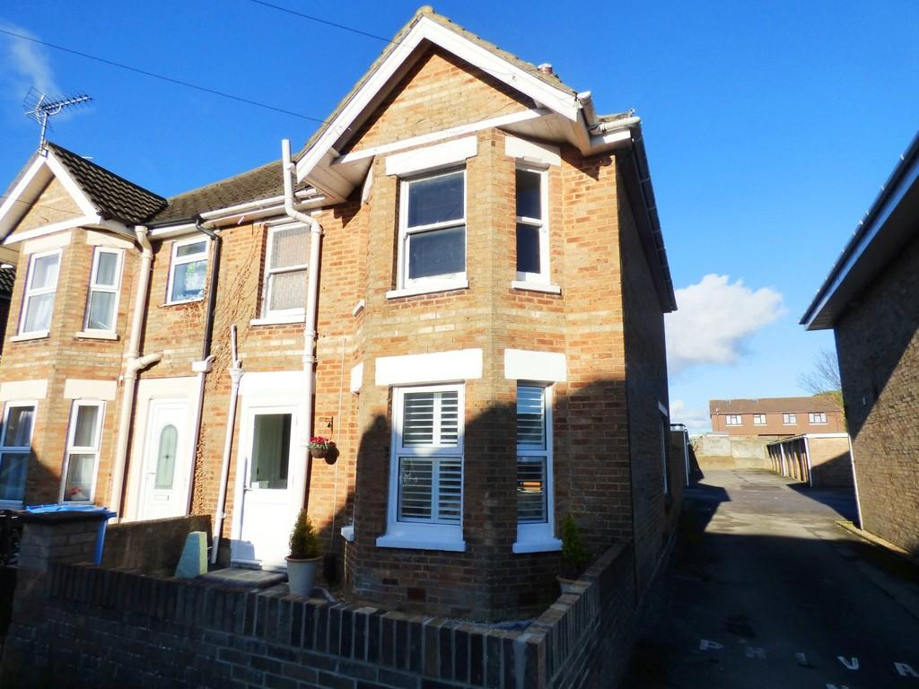 1 Bedroom Apartment Flat for sale in Croft Road, Parkstone