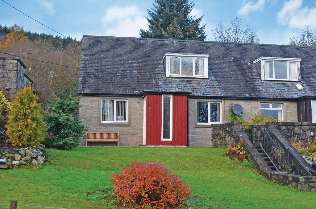 3 Bedrooms Semi Detached House for sale in Bemersyde Road, Tarbet, Arrochar, G83 7DF