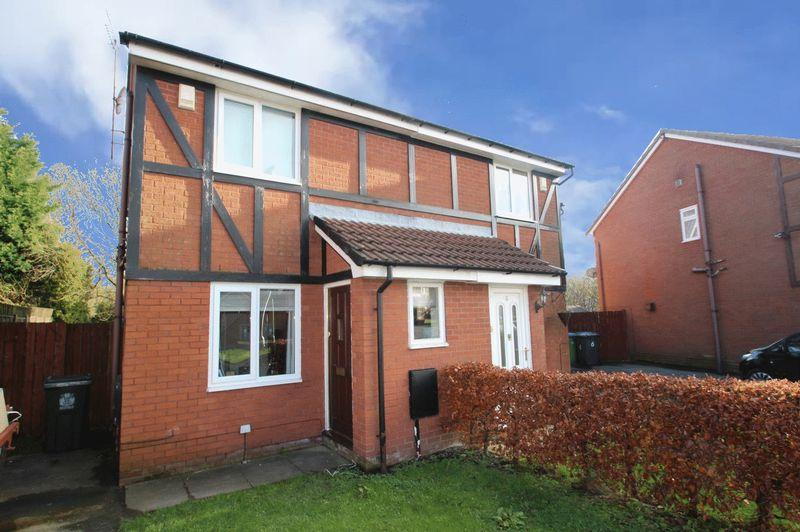 2 Bedrooms Semi Detached House for sale in Whitemoss, Norden, Rochdale OL12 7GF
